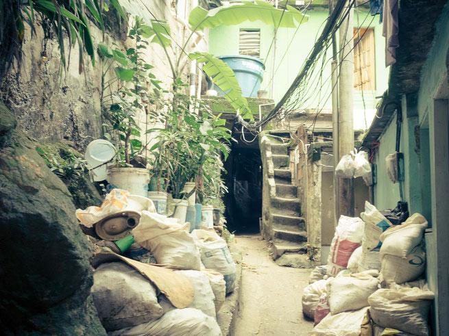 streetphotography rio de janeiro brasilien favela rocinha