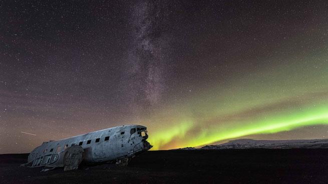 Langzeitbelichtung | Aurora Borealis | Sólheimasandur | Island 2016