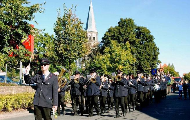 Festumzug am Sonntag: Nach 2003 ist der Musikzug zusammen mit der Feuerwehr in diesem Jahr wieder Gastgeber