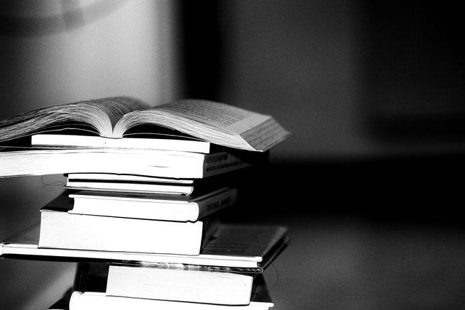 Bücher für Studie