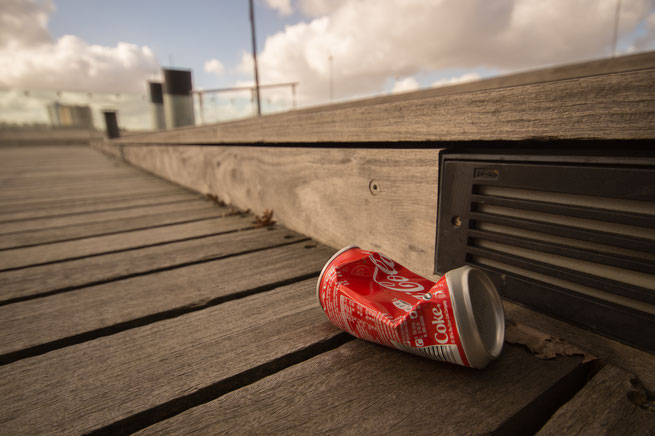 Cola-Dose auf Straße