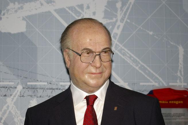 Wachsfigur von Helmut Kohl