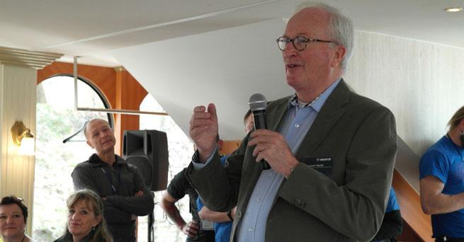 Herr Hartje bei seiner Ansprache ©Fotos: Hartje