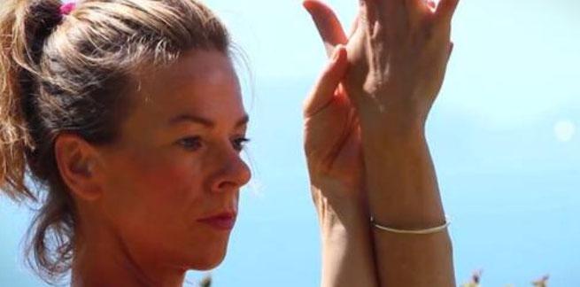Yogalehrerin und Autorin Kristin Rübesamen im Interview mit dem Mama Yoga Blog MOMazing