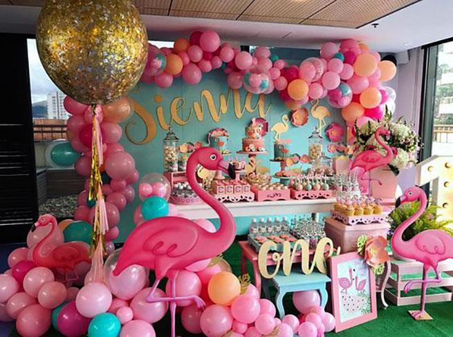 mesa de dulces fiesta flamenco