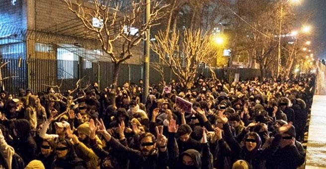 """Teheran, den 11. januar 2020 ved Amir-abir universitetet: """"Ned med Khamenei - Morder! Løgner!"""" ! """""""