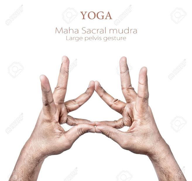 segunda posición del mudra maha sacral