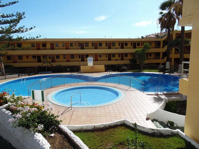 Apartmentanlage mit Pool direkt am Strand von Los Christanos