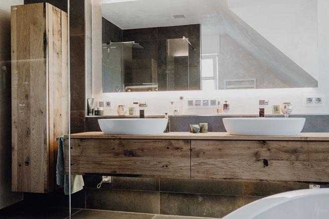 MÖBELLOFT handgefertigte Badezimmereinrichtung auf Maß aus Holz, Stahl, Beton und vielem mehr in modernem Design