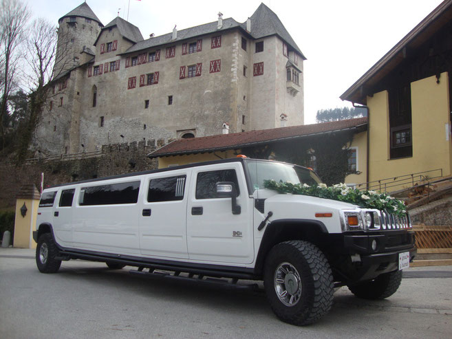 Hochzeit mit Hummer 2-Stretchlimo in Österreich.