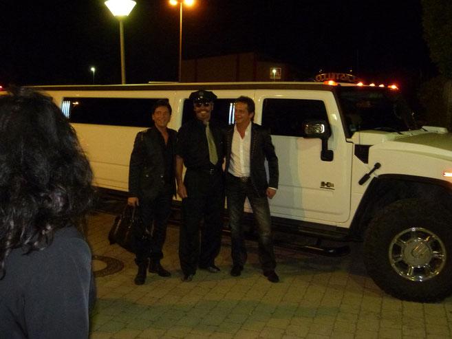 Fantasy-Duo, Fahrt mit Hummer-Stretchlimousine