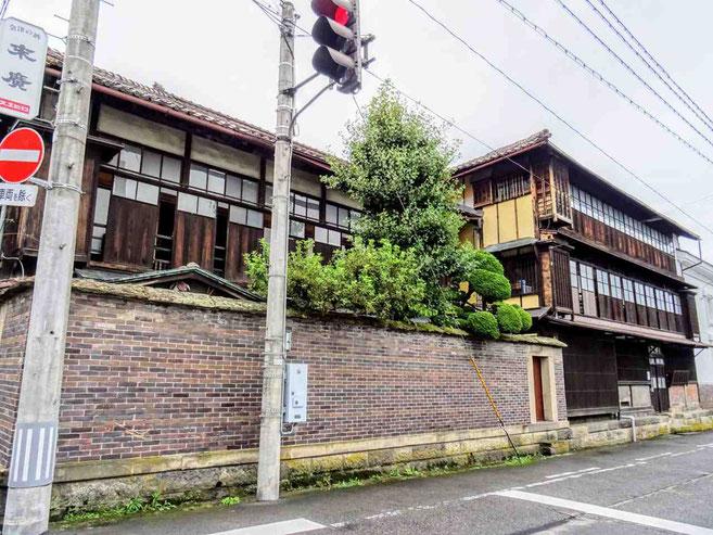 会津若松市 国登録有形文化財 末廣酒造「嘉永蔵」