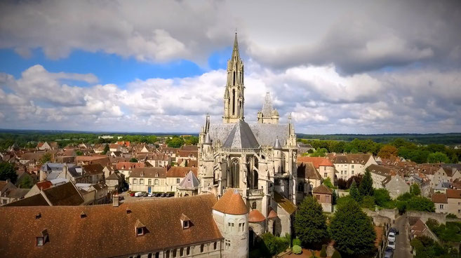 vacances-campagne-gite-oise-tourisme-picardie-hauts de France-gite de France-pêche-parc de loisirs-châteaux-forêts-musées-rando-velo-oisillon-nid saint corneille