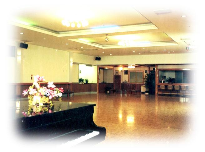 ダンスホール うえだ鹿鳴館 上田市 社交ダンス WELCOME!