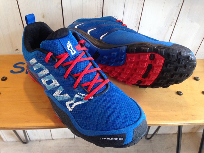 Inov8(イノベイト) TRAILROC 255 (Blue/Black/Red)
