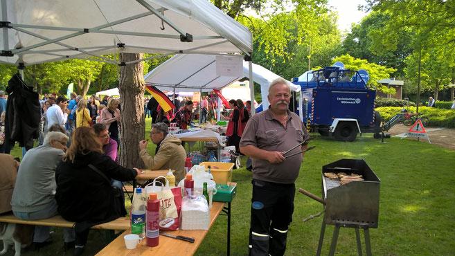 Foodmanager Horst bei der Lieblingsarbeit