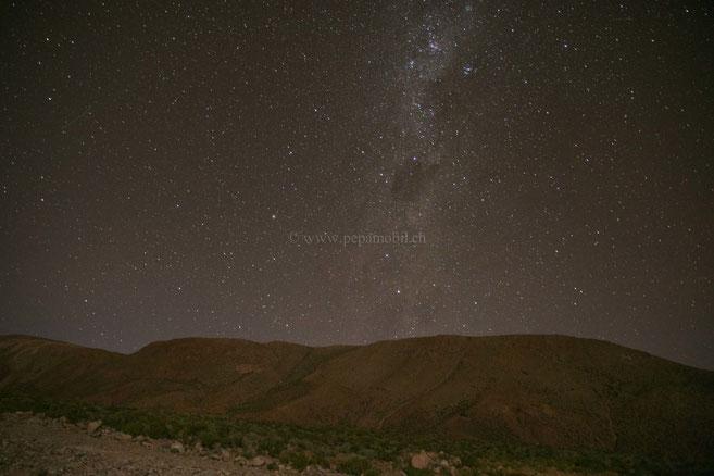 Absolute Stille mit einen sternenklaren-Himmel.