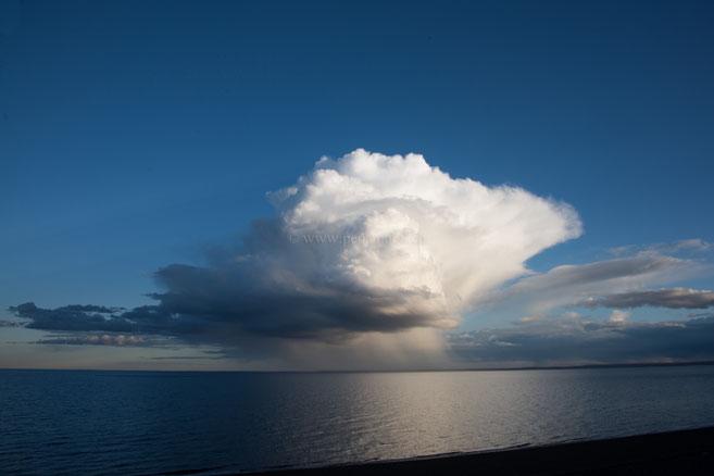 Regenwolke über dem Golfo Nuevo