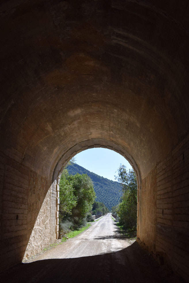 via verde, coripe, tunnel