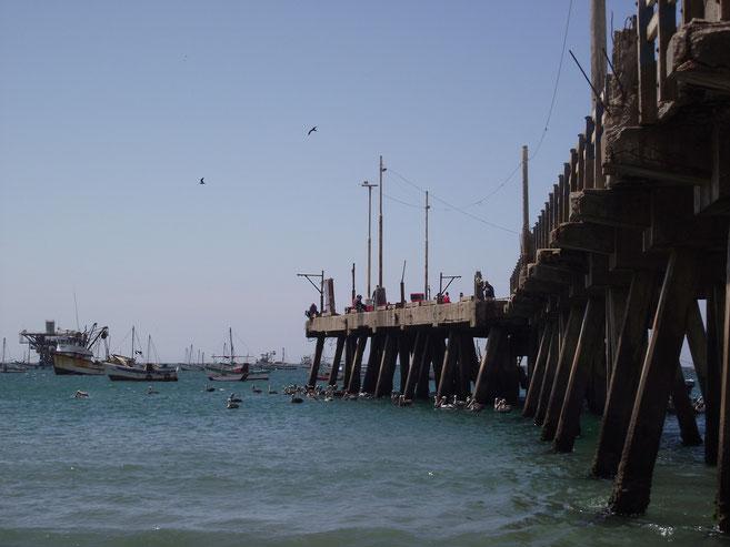 Pier, Cabo Blanco, Peru
