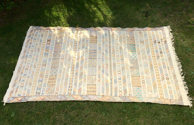 tapis turc, kilim turc, tapis artisanal, tapis pastel, tapis vintage