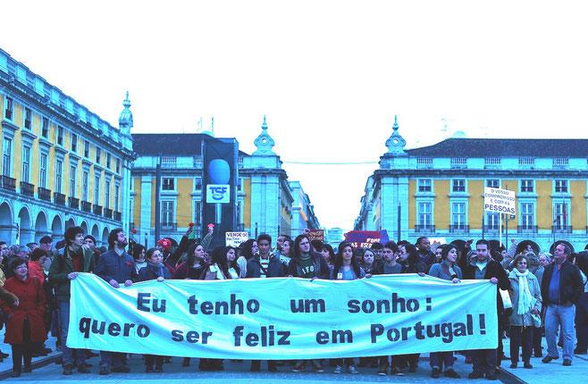 """Demonstration mod Trojkaen i Lissabon: """"Jeg har en drøm, jeg vil være lykkelig i Portugal"""""""