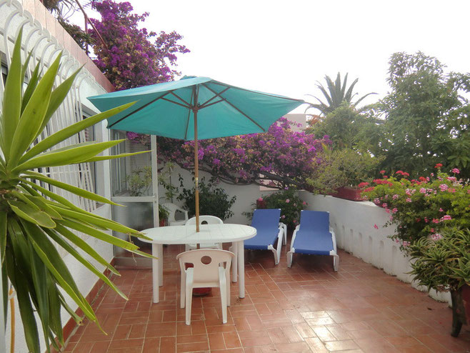 Langzeiturlaub auf Teneriffa in Puerto de la Cruz im Ferienapartment mit Terrasse und meerblick