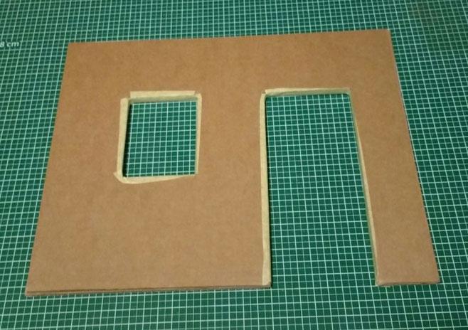 Miniatur-Hausfassade basteln aus Pappe
