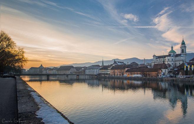 Solothurn an der Aare kurz nach Sonnenuntergang