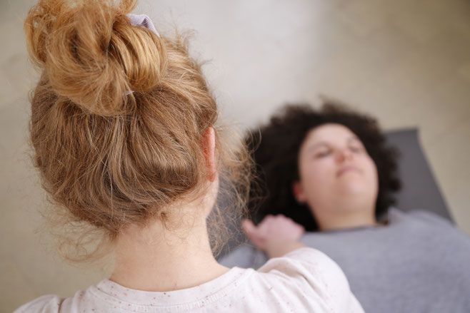 tcm, meyo,  praxis, basel, akupunktur, tuina, schröpfen, moxa, behandlung, therapie, schwangerschaft, verspannung, kopfschmerzen, yoga, pilates, baselstadt, meyo house, entspannung