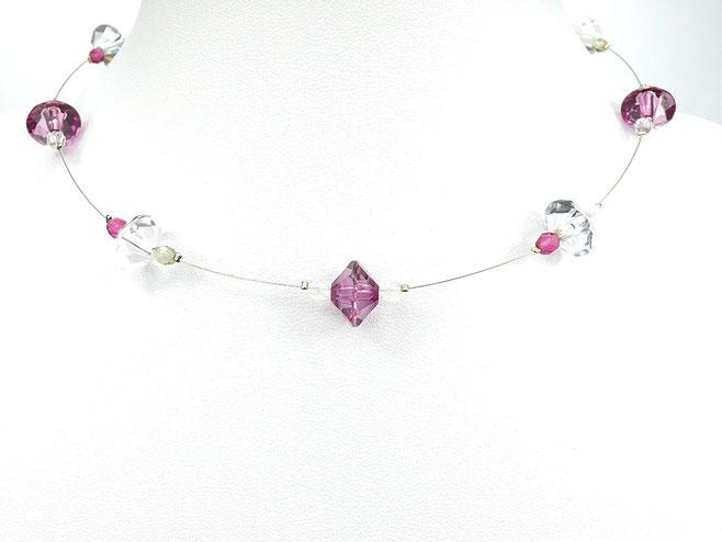 Halskette mit Schliffperlen fuchsia grau kristallklar