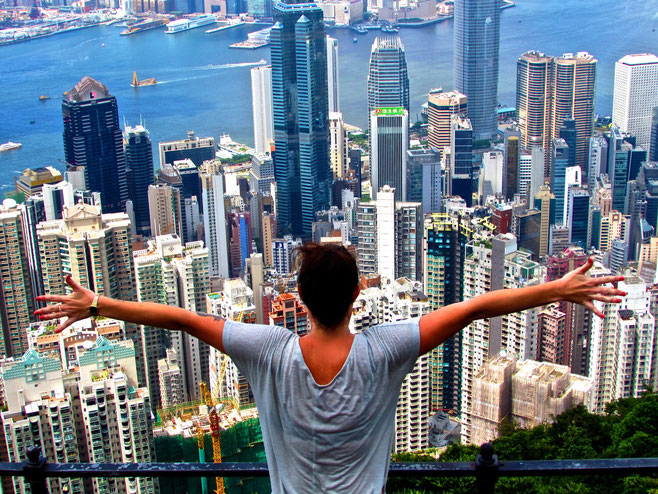 how much money do you need to live in hong kong