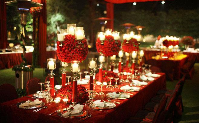 color rojo para mesa de boda