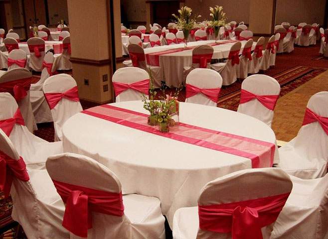 mesa para boda en color rojo