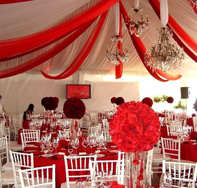 boda en color rojo telas
