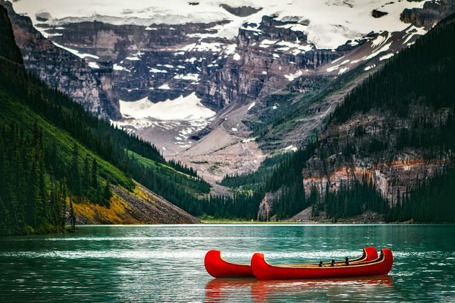 auf dem Lake Louise im Banff-Nationalpark in den Rockie Mountains- dies will ich mit eigenen Augen sehen