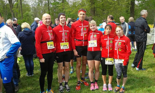 Wieder mit sechs Läufer am Start: vlnr. Wolfgang, Simon, Gregor, Angela, Daniela, Sabine