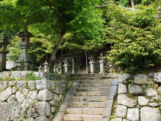 忍坂坐生根神社