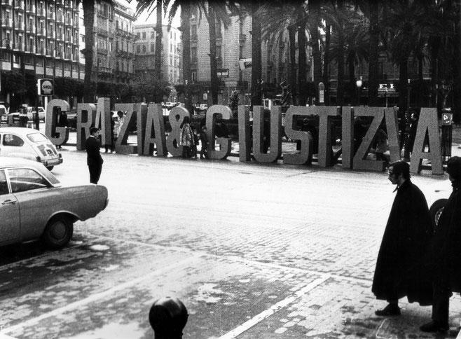 """Gianni Pettena, """"Grazia e Giustizia"""", 1968"""