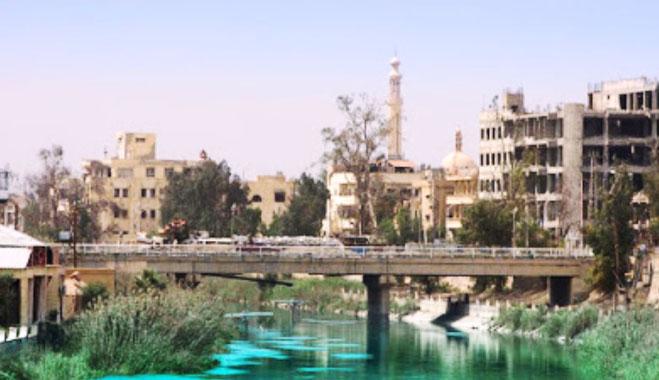 Den omkæmpede by Deir al-Saur (Dair az-Zaur)