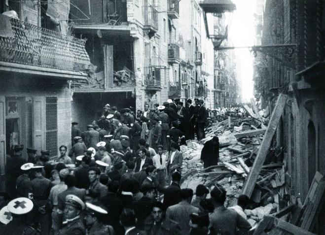 Barcelonas indre by efter det fascistiske luftvåbens bombardementer i 1937