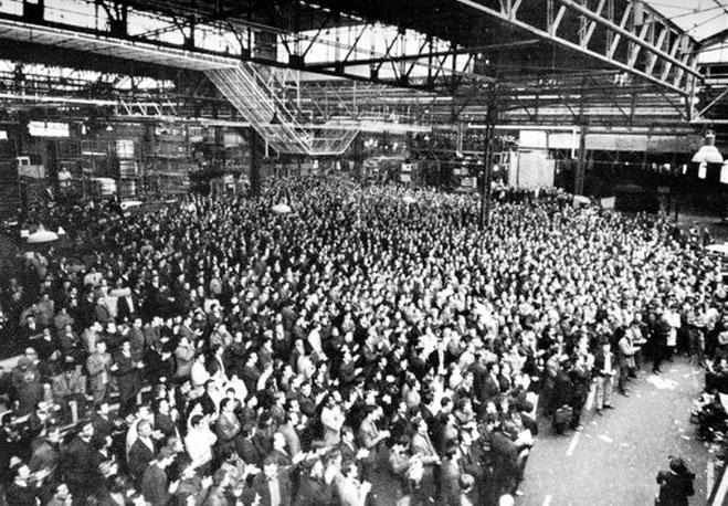 Frankrig, maj 1968 : 10 millioner arbejdere deltager i generalstrejken