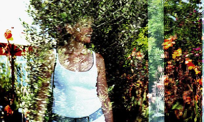 Mathieu Guillochon, photographe, Inside Outside, reflets, couleurs, printemps, été, Sète, jeune fille en fleur, amour, art, photographie d'art, musée Paul Valéry