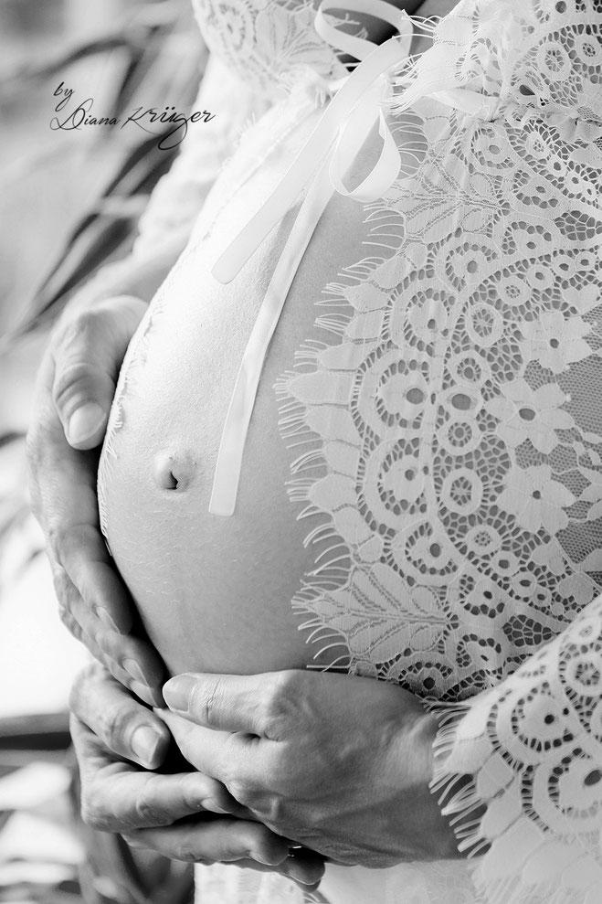 Babybauch, Schwangerschaft, Homeshooting, Fotograf Hohenstein-Ernstthal, Fotografie Diana Krüger, Babybauchfotos, Schwangerenfotografie, Homestory