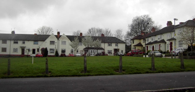 Houses at Birches Green are built in short terraces, often in short cul-de-sacs, or set back around grassed open spaces.
