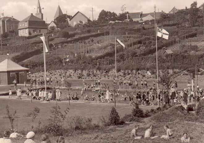 Freibad Kuxe im Jahr 1928 - Wir danken dem Stadtmarketing-Breckerfeld für die freie Nutzung