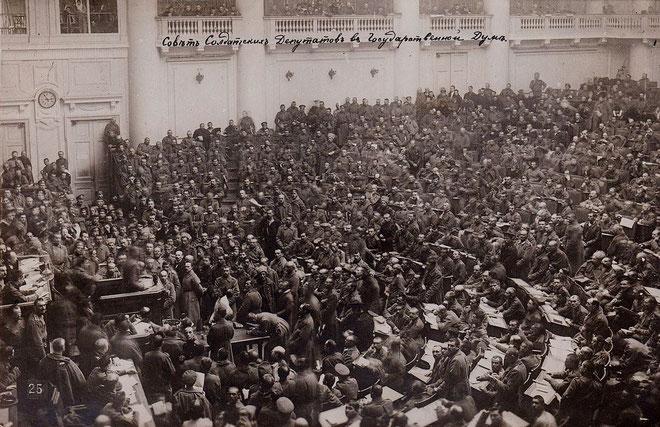 Sovjetdelegerede i Petrograd under Oktoberrevolutionen