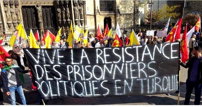 Solidaritetsdemonstration med de sultestrejkende i Paris, d. 9. april 2017