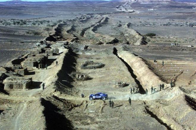 Marokkos 2.700 km lange mur gennem Vestsahara