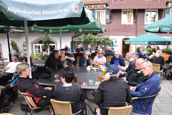 2018 - 7. V4 & Friends Pfingsttreffen in Oberharmersbach Bären-Hotel,